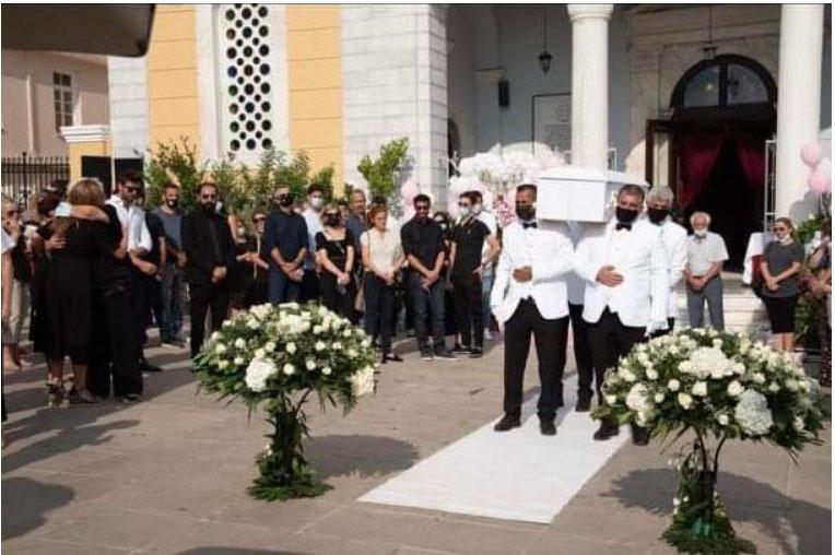 Ράγισαν καρδιές στην κηδεία της 7 χρονης Αναστασίας – Απαρηγόρητη η οικογένεια της Ερ. Πρεζεράκου